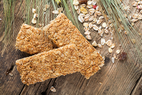 energy bars marketing With so many protein and energy snacks for post or pre workout snacks, it is difficult to determine which ones are actually healthy and which are simply chocolate bar substitutes.